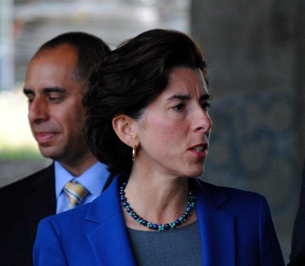 Poll Question: Should Governor Raimondo override Mayor Elorza closing parks?