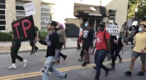 Video: anti-police protesters vandalize Providence after Wisconsin shooting