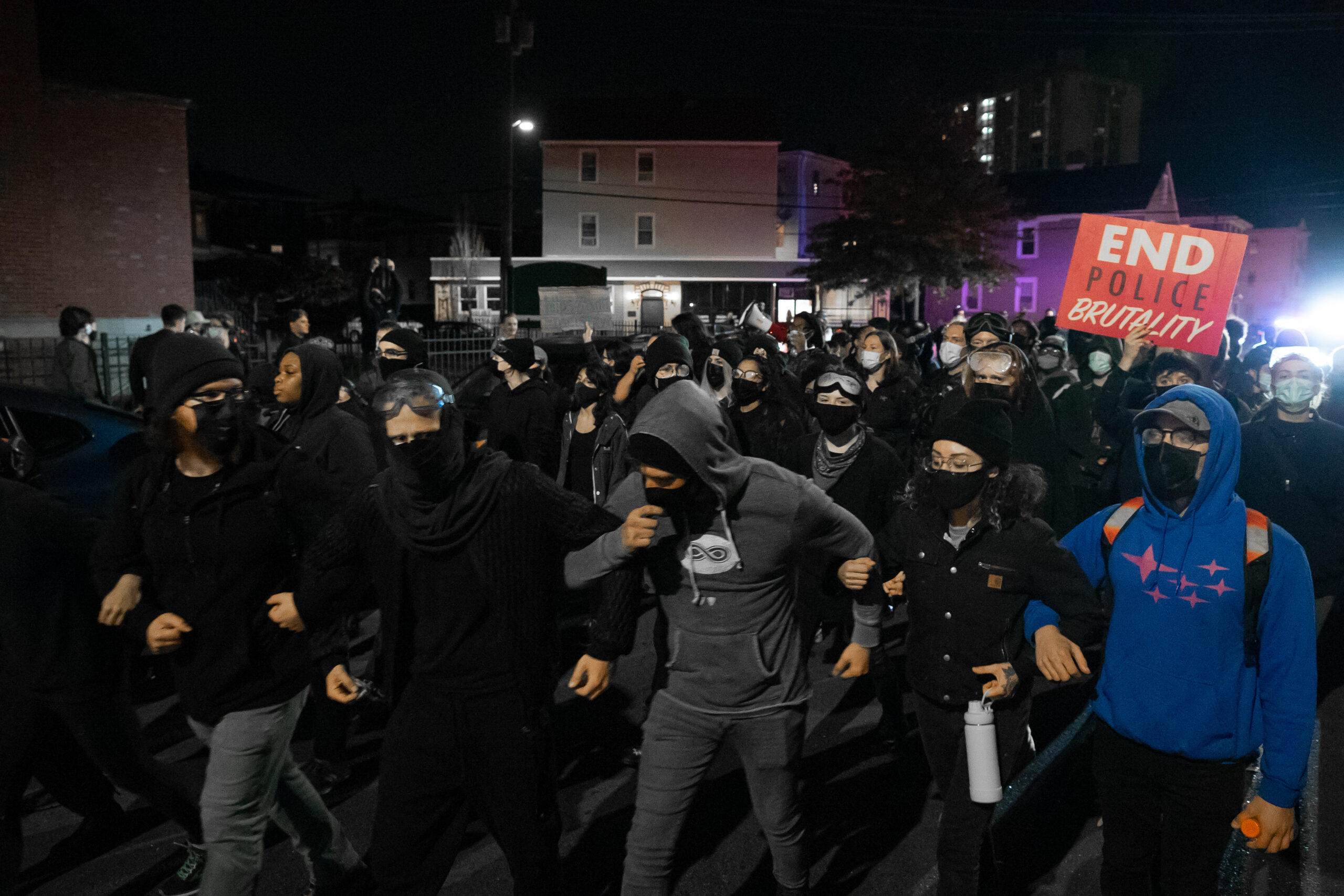 Read more about the article Video: Providence police get ready for unrest