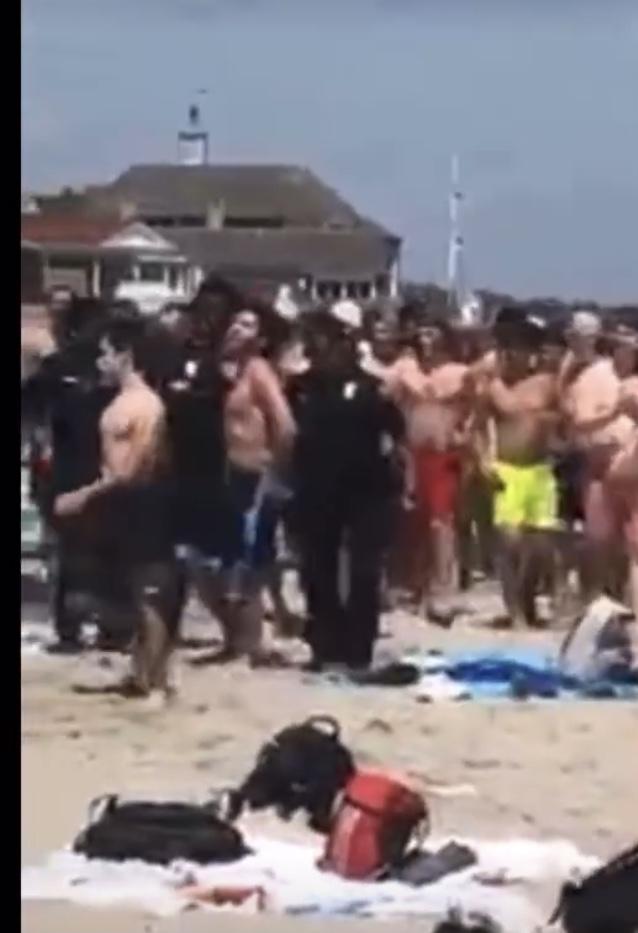 Video: High school beach brawl